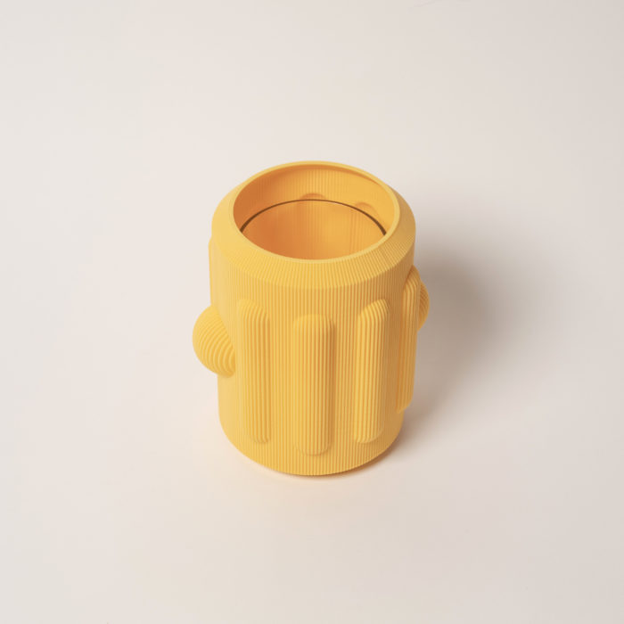 Vase peru jaune