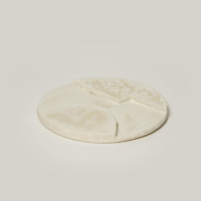 assiette orb beige 2 motifs